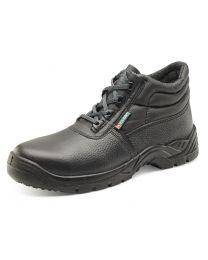 Non Metallic Chukka Boot